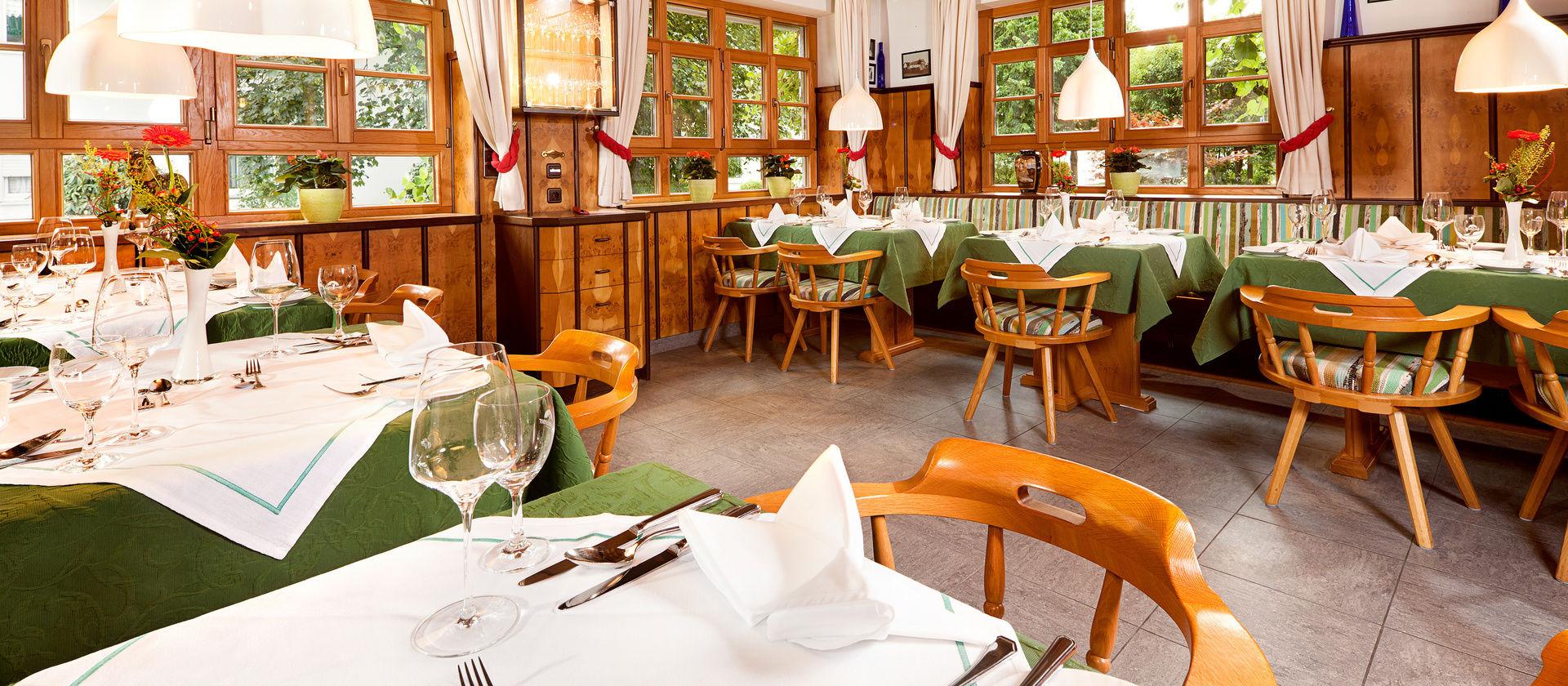 Impressum 4 Sterne Hotel Wellnesshotel Edelweiss Bad